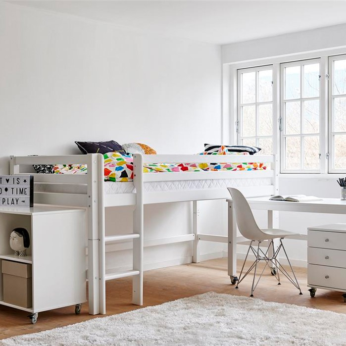 A Childrenu0027s Room Has To Accommodate A Large Span Of Activities. Some Days,  Your Child Wants To Read Quietly In The Bed Or Do Homework At The Desk.